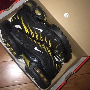 97 air max plus . 7 Women's.